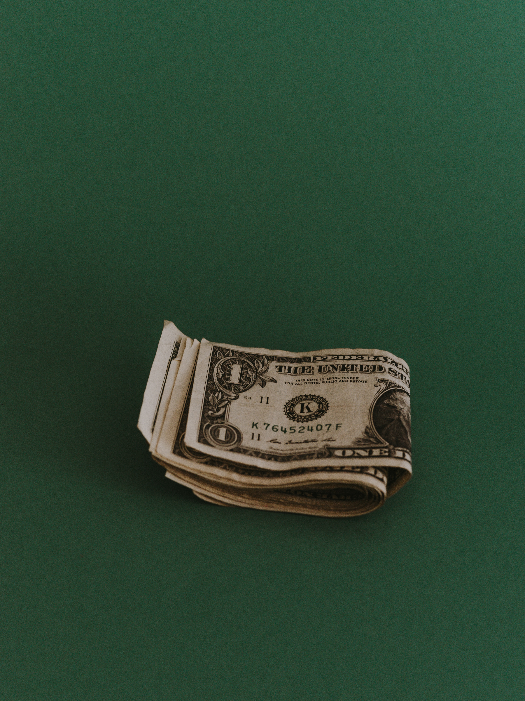 The P/E Ratio -- A True Measure of Profits?