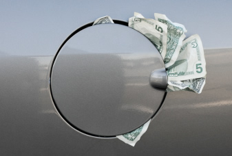 8 Easy Ways to Save Money on Gas