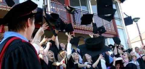 112812_college_graduation-money_0.jpg