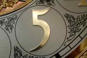 clock_five.jpg